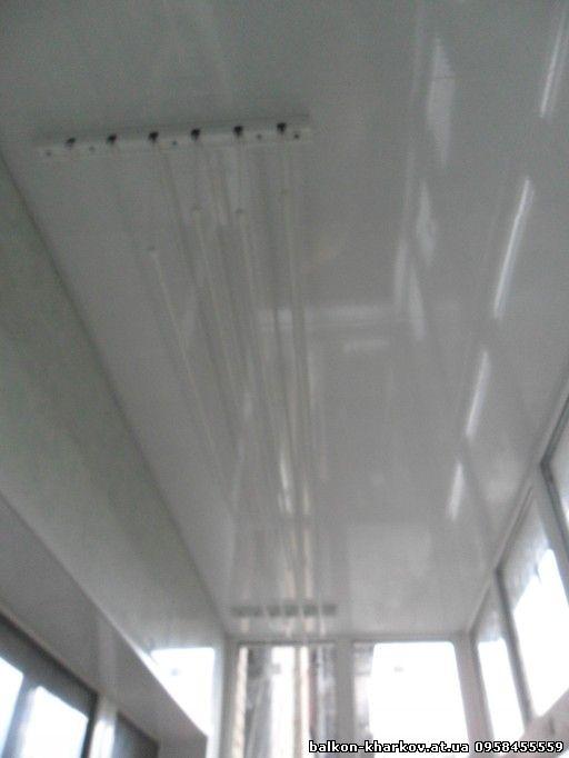 монтаж сушки на балконе