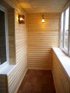 Обшивка балконов блок хаусом